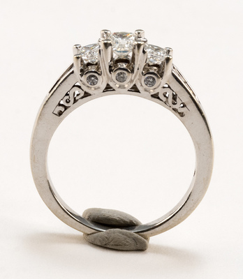 additional images for 14K White Gold And Diamond Ring