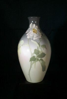 additional images for Rookwood Pottery Vase